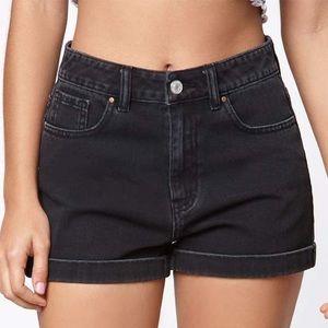 Pacsun black denim cuffed mom shorts